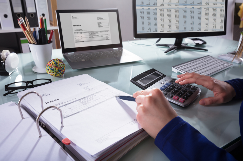 4 Reasons Your Small Business Needs an Accountant